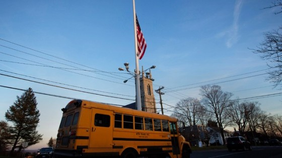 Sandy-Hook-Connecticut-school-shooting-23-jpg